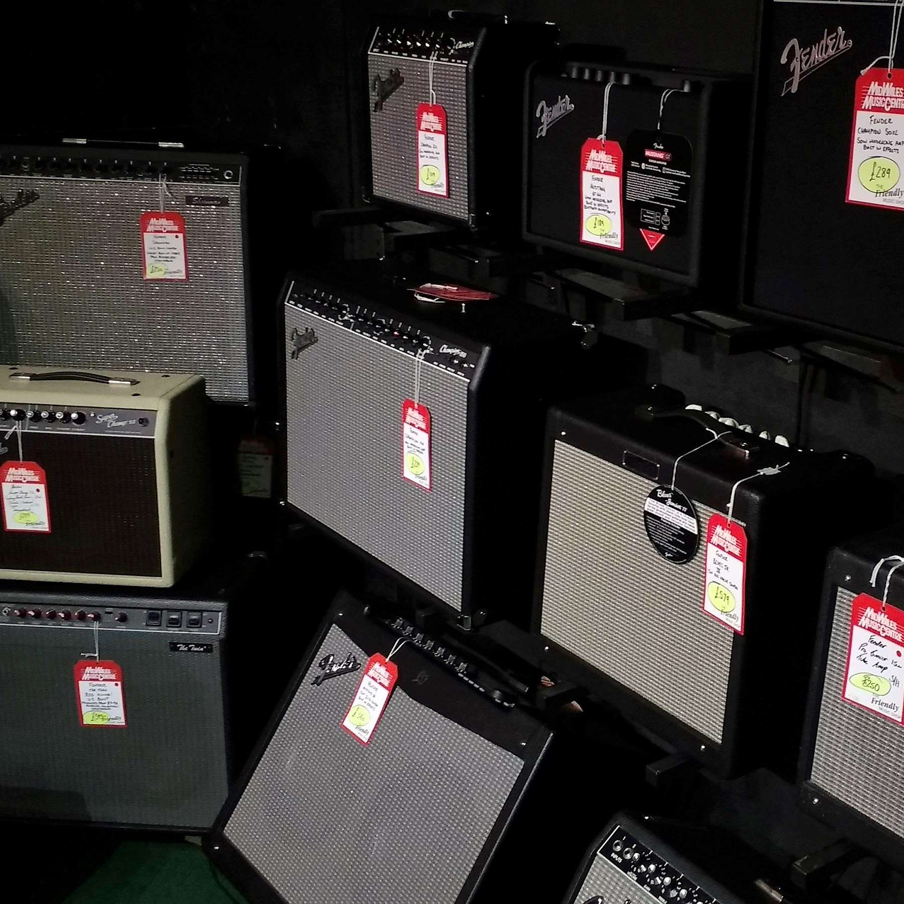 Fender amplifier display
